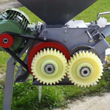 mm-101-gear-case