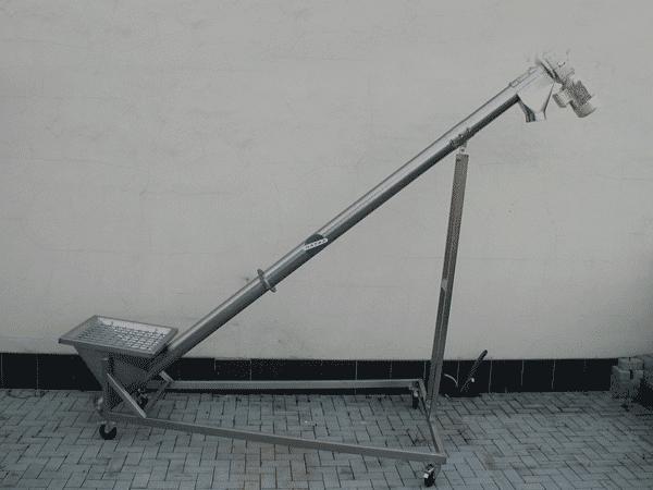 snekovy-dopravnik-sc-300-03