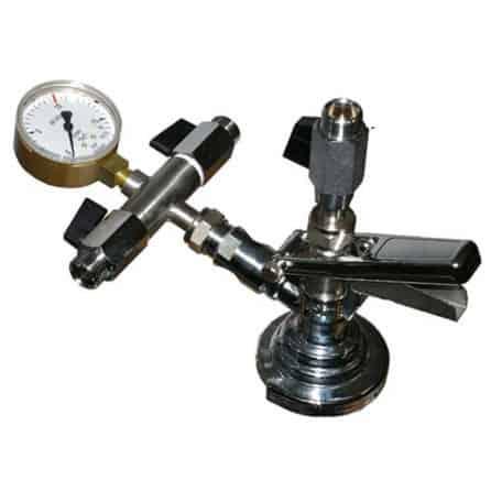 KFM-01: Izobarický ventil pro ruční plnění sycených nápojů do kegů KEG a petainerů