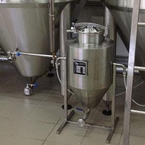 Kvasnice-skladovací nádrž-ystp-80