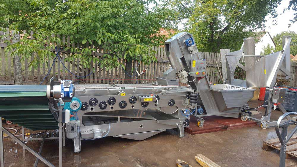 FWDC-2000 Fruit washer and crusher with FBP-2000 Fruit belt press
